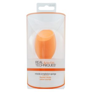 Real-Techniques-Miracle-Complexion-Sponge-and-Makeup-Blender-01-RTMCS